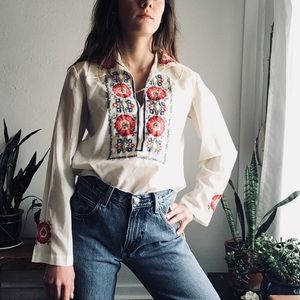 Vintage 70's Chinese embroidered blouse